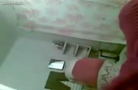 Чеченская пара снимает свое порно на мобилу