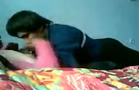 Таджик раскрутил на легкое домашнее порно девушку