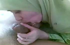 Турки снимают на телефон оральное порно